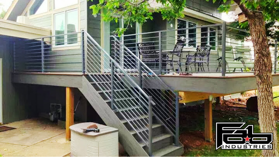 Horizontal Patio Rails